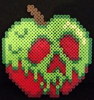 Disney-snow-white-poison-apple-kandi-bead craft-thumbnail